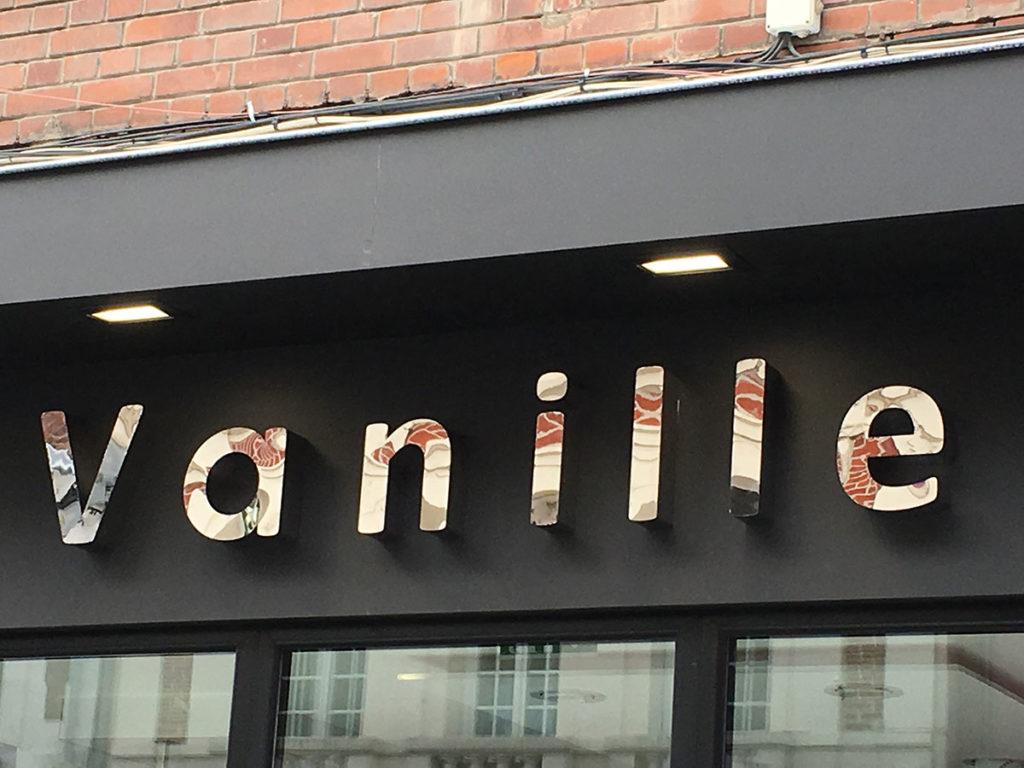 lettrage façade métal - Vanille béthune
