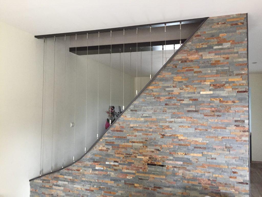 Mur décoratif avec parement en pierre