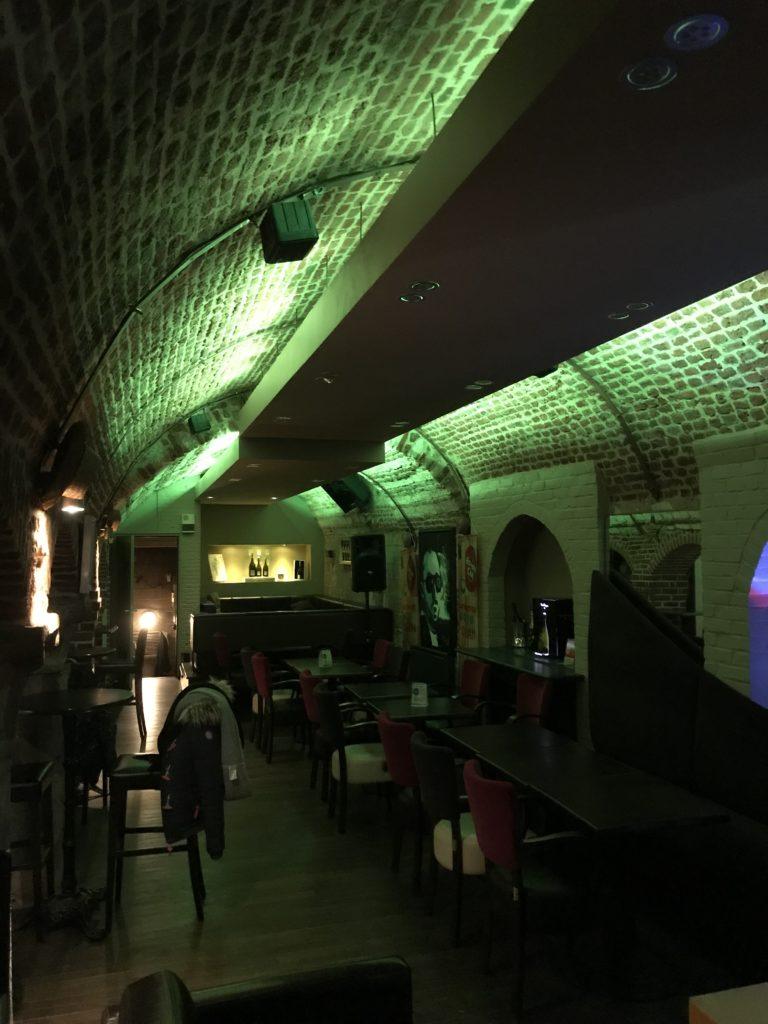 éclairage de restaurant