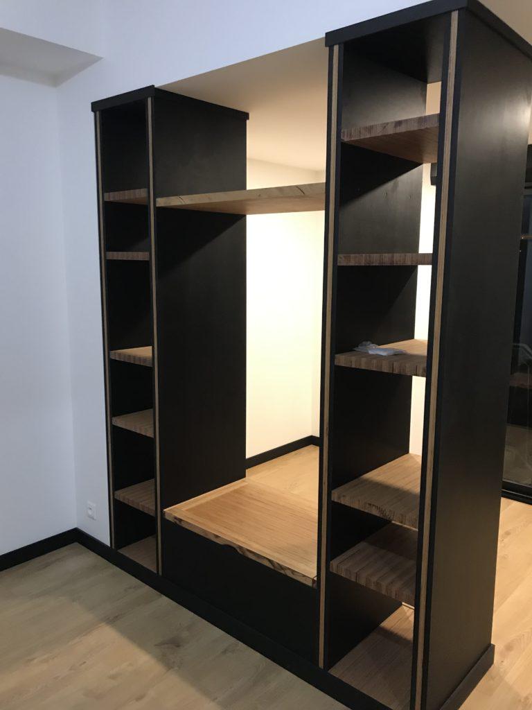 Agencement appartement - séparation & rangement en bois