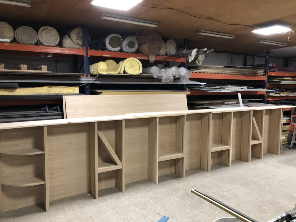 Atelier de fabrication : bar sur mesure